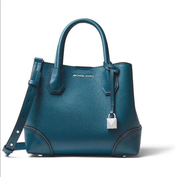 3aacef9c68effd Michael Kors Bags   Nwt Pebbled Leather Crossbody Handbag   Poshmark